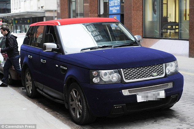 Range Rover two-tone Velvet covered